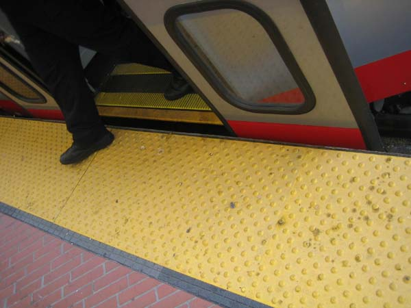 "However, care must be taken that horizontal gaps are not too wide. The orange ""gap filler"" pops up when the doors open in San Francisco's Muni Metro, assuring a safe gap."